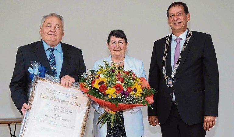 Grossansicht in neuem Fenster: Verleihung des Ehrenbürgerrechts an Altbürgermeister Georg Retz 2021